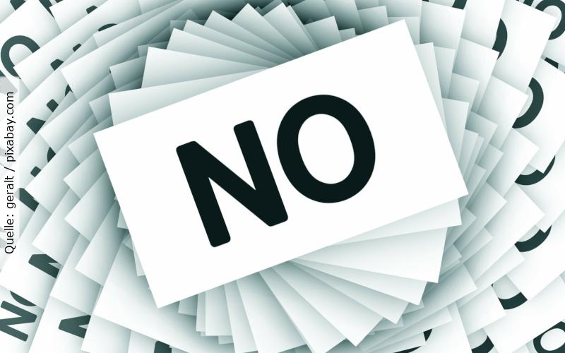 Absage - Zettel auf denen No steht